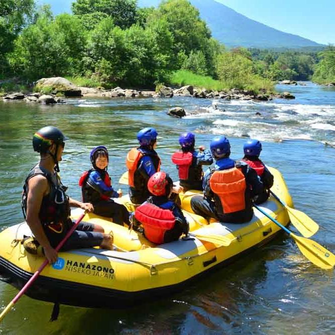 Rafting in Niseko