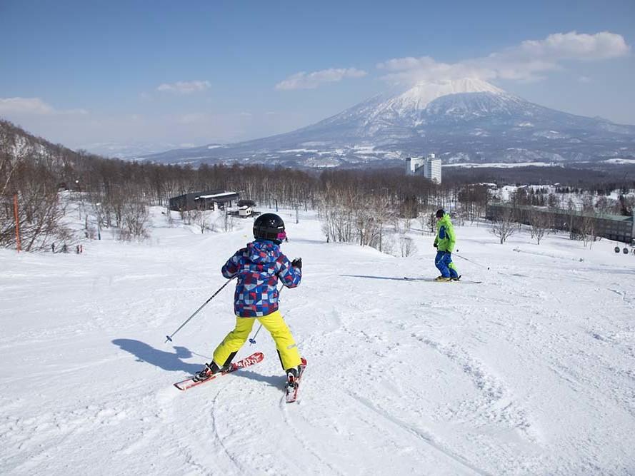 Kids lesson in Niseko Village