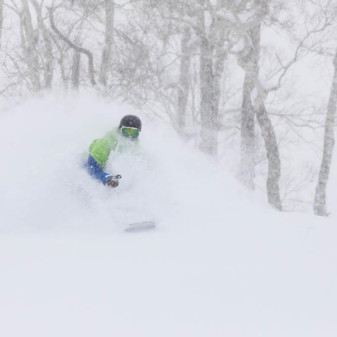 snowboarding in niseko village