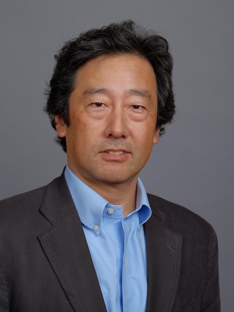 岡田 英雄