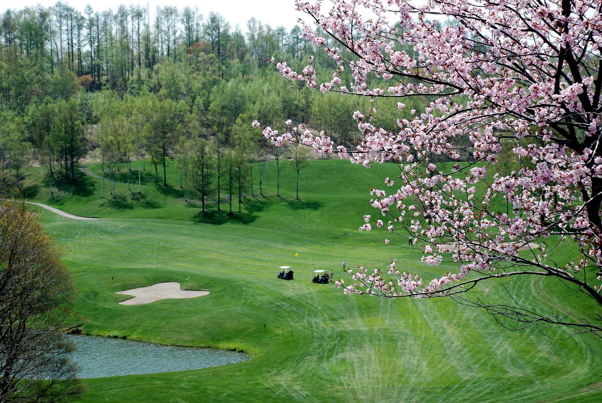 Niseko Golf Opening Dates